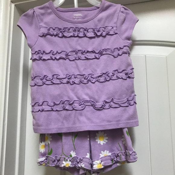 Gymboree Other - Gymboree two piece outfit - shirt and shorts